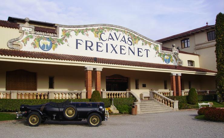 Freixenet es uno de los clásicos familiares, que ahora pasa por problemas con algunos accionistas.